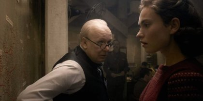 Darkest Hour Gary Oldman and Lily James